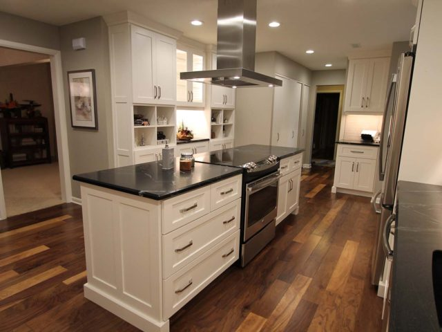 https://creativeinteriorsliving.com/wp-content/uploads/2018/02/ci-kitchen-convience_mastered-3-640x480.jpg